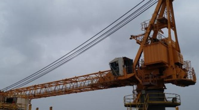 65 TON LIEBHERR OFFSHORE CRANE FOR SALE – YEAR OF MANUFACTURE 2006